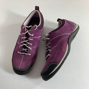 LL Bean 7.5M Purple Suede Leather Sneakers